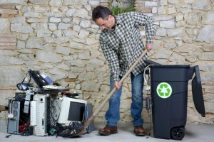 Environment-Friendly Ways to Get Rid of Your Old Electronics